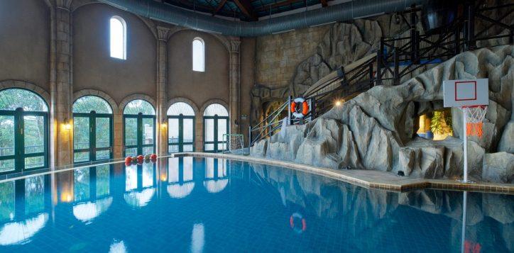 la-piscine-pool-2